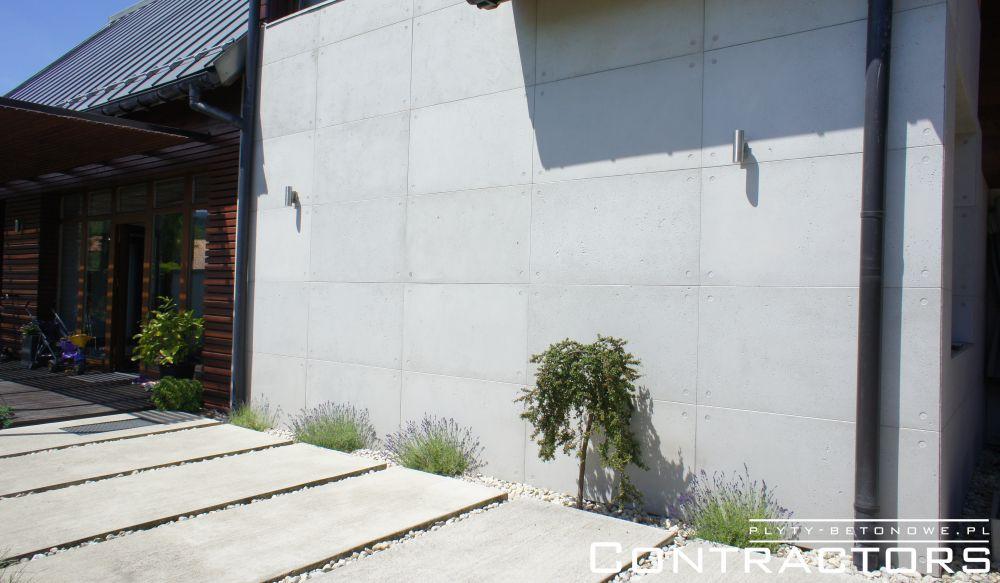 Bardzo dobra Ogrodzenie i elewacja z płyt z betonu architektonicznego dom QT26